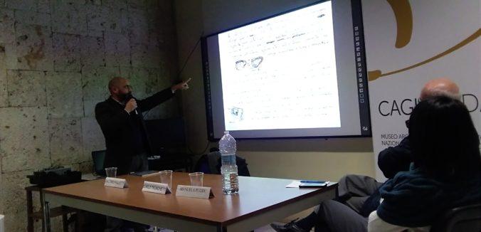 """Presentazione del volume """"Su Nuraxi di Barumini. Un approccio metodologico""""."""